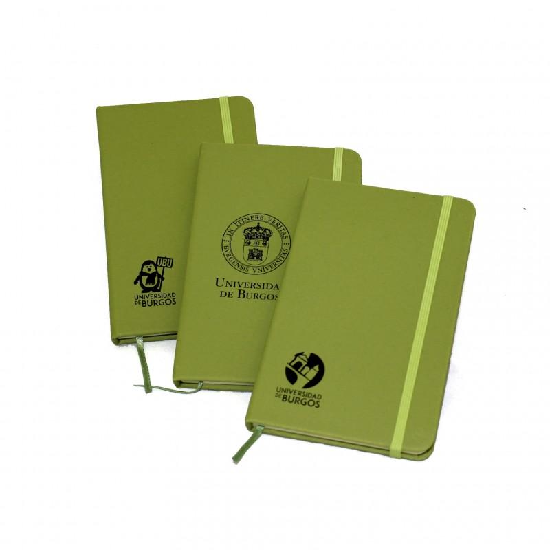 Libretas verdes con goma